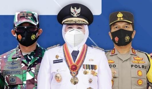 Gubernur Jatim Khofifah Indar Parawansa, Kapolda Jatim Irjen Pol Nico Afinta dan Pangdam V Brawijaya Mayjen TNI Suharyanto.
