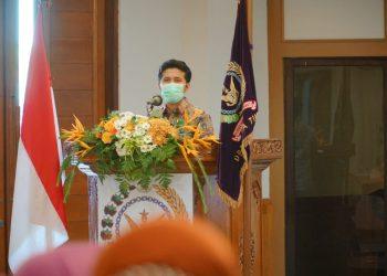 Wakil Gubernur Jatim Emil Elestianto Dardak saat menghadiri HUT PEPABRI ke-62 di Aula Kodam V Brawijaya..