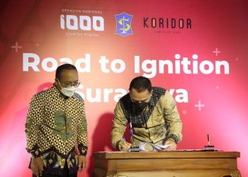 Wali Kota Surabaya Eri Cahyadi menandatangani Nota Kesepakatan Sinergi (NKS) Program 1000 Startup Digital dengan Kementerian Komunikasi dan Informatika (Kemenkominfo) RI yang diwakili Direktur Pemberdayaan Informatika, Bonifasius Wahyu Pudjianto.